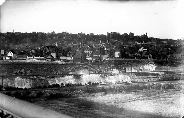 The Uppertown neighborhood viewed from the Smith Avenue High Bridge, 1894.  The Waldman House is partially visible at left edge. Courtesy MN Historical Society)